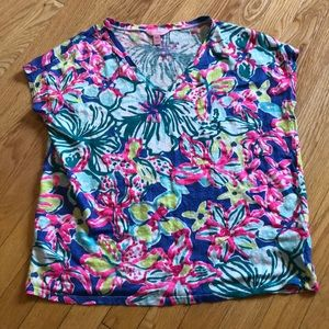 Lilly Pulitzer 100% linen top.